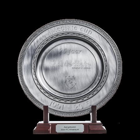 iMediate Cup schaal 25 jaar